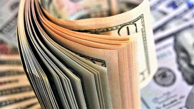 Which providers offer a 500 dollar mini loan?
